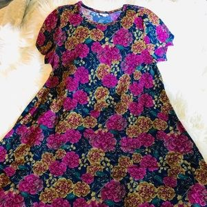 LulaRoe 2XL Digital Rose CARLY High-Low Dress NWOT